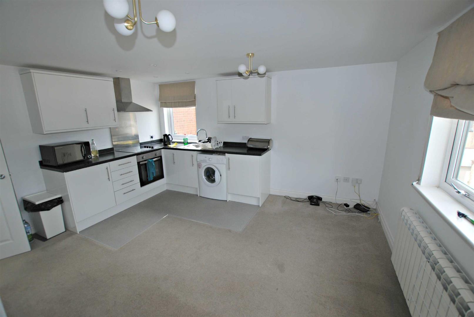 Charlton Kings - 2 Bed Apartment